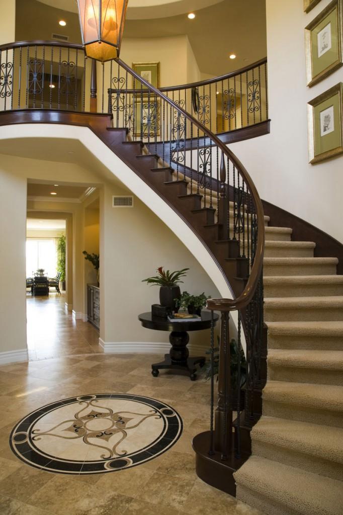 Фото бетонной лестницы